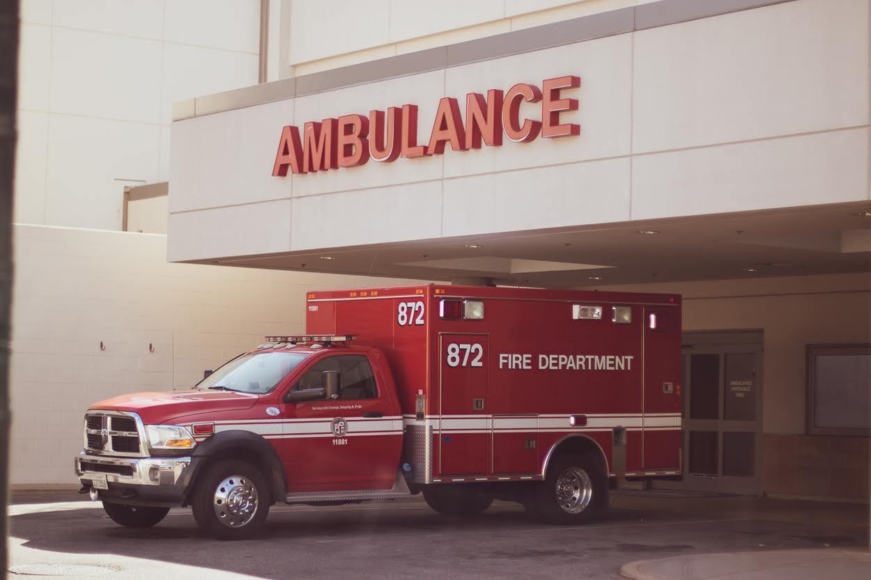 Webster, TX - Major Vehicle Crash on I-45/Gulf Fwy near Bay Area Blvd Requires EMT Response